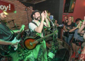 Ahoy! Tavern Club - 01/11/13 - Blumenau (SC)